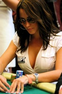 Chica Jugando Poker