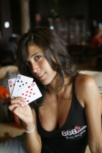 Chica Poker